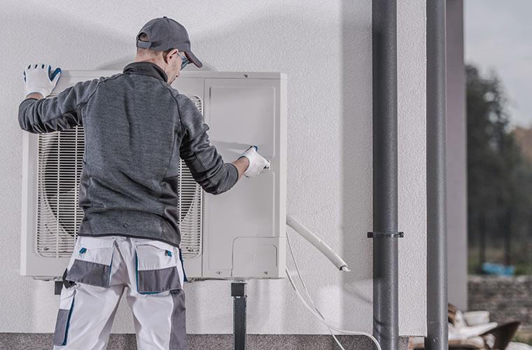 Operaciones y mantenimiento de calderas, climatización y electricidad